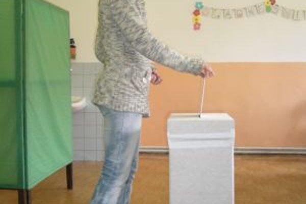 Občania Oščadnice si zvolili Mariána Plevku.