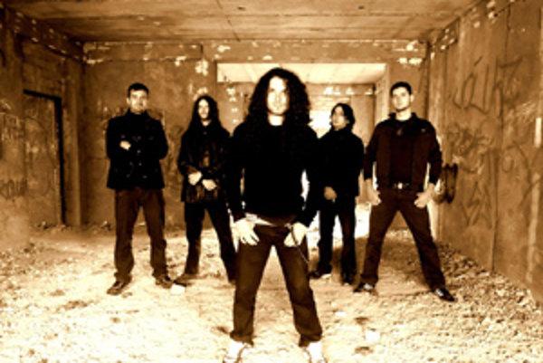 Core of Hell je progresívna metalová kapela so starým zvukom.