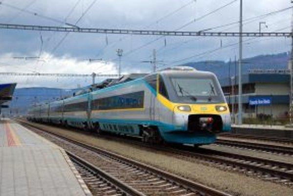 Vlak SuperCity Pendolino