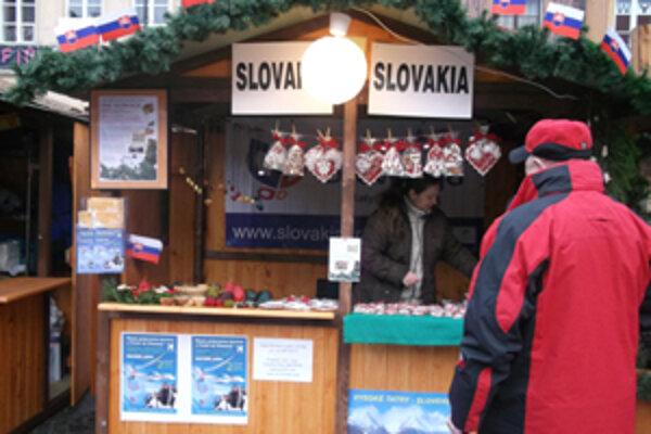 Júlia Masnicová z Makova vo Warszave ako jediná Slovenska odprezentovala našu ľudovoumeleckú tvorbu.