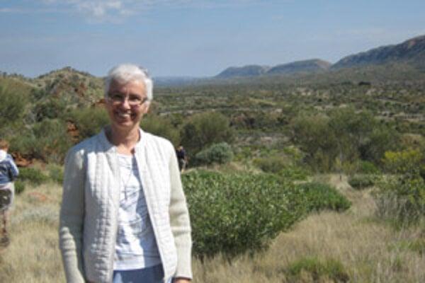 Hoci sa Magdaléna Leutterová narodila v Žiline, vyrastala v Kysuckom Novom Meste. V súčasnosti už desiaty rok žije v Austrálii.