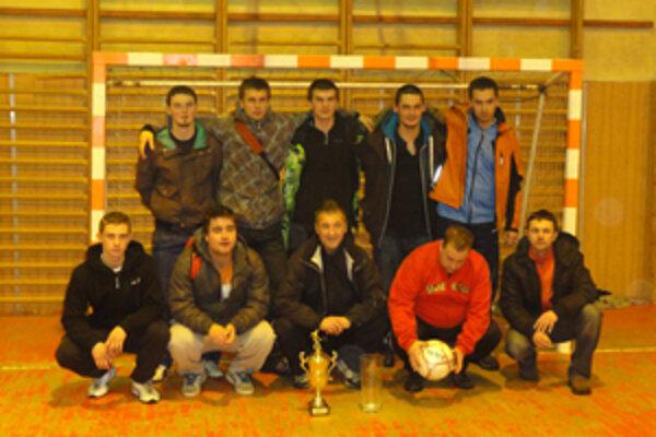 Vo finále zdolali i hviezdami nabitý tím Kolo-Kolo.