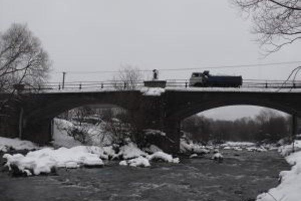 Najstarší železobtónový most na Slovensku majú v Krásne nad Kysucou.