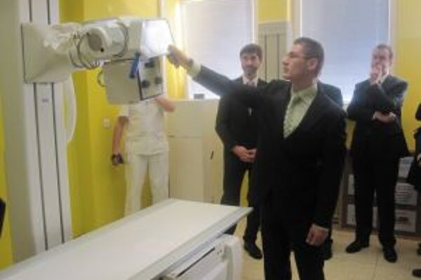 V Kysuckej nemocnici spustili dnes do prevádzky nový digitálny röntgen.