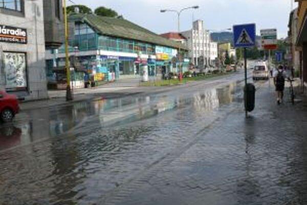 Vlani v júli zasiahla Čadcu veterná a búrková smršť.