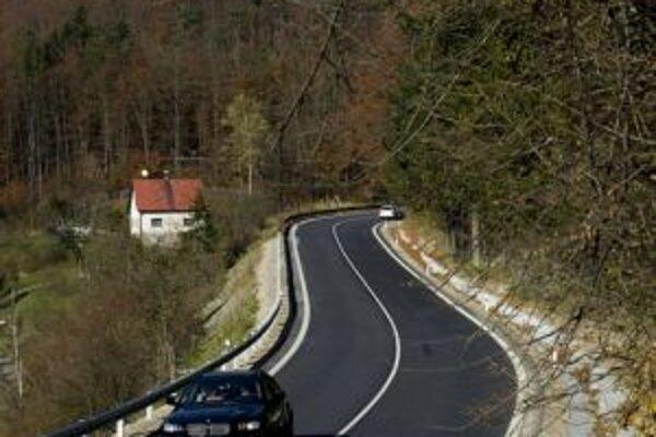 Viaceré cesty sa dočkajú rekonštrukcie.