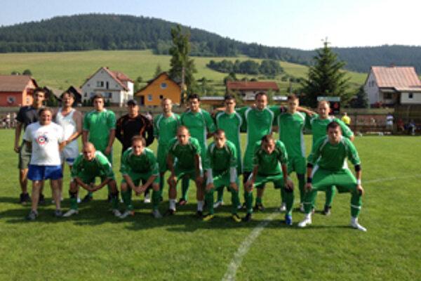 Domáci tím TJ Spartak Vysoká nad Kysucou nestačil vo finále na štvrtoligový Makov.