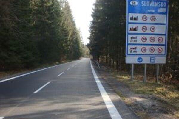 Výsledkom spoločného projektu je zrekonštruovaný  7,3 kilometrový úsek cesty v úseku od Turzovky až po hraničný priechod s ČR.