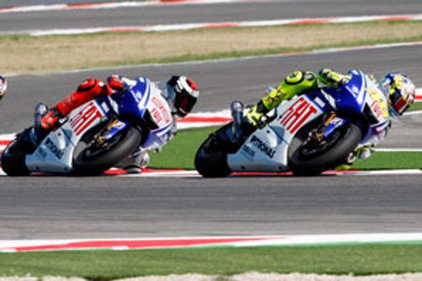 Jednou z najväčších hviezd motocyklového šampionátu je Valentino Rossi.
