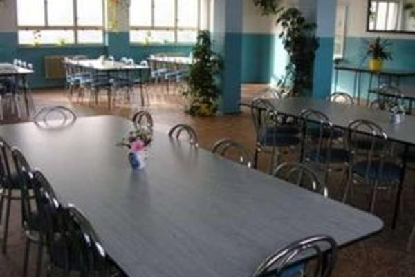 Školská jedáleň v v Turzovke – Bukovine bude fungovať aj cez prázdniny.