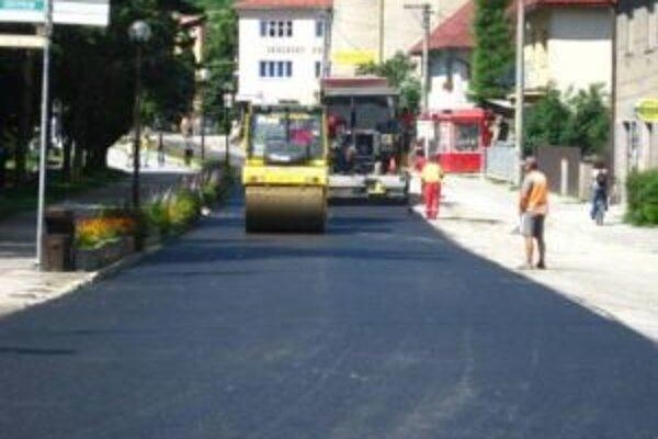 V meste sa pustili do rekonštrukcie ciest.