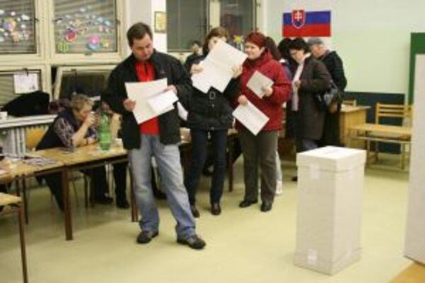 V Čadci dosiahla účasť na voľbách 47,59 percent.