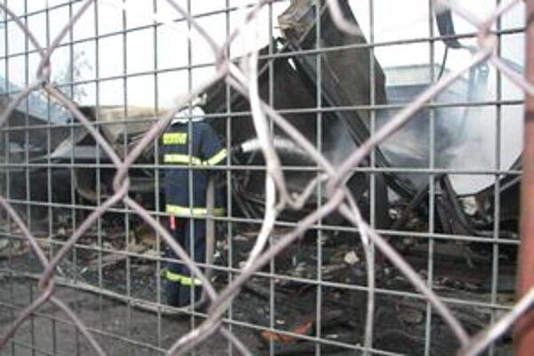 Ubytovňa v Kysuckom Novom Meste vyhorela 3. augusta 2007.