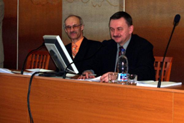 Primátor Čadce Jozef Vražel (vpravo).
