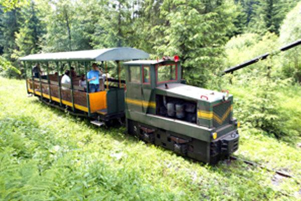 Európsky unikát - historická úvraťová železnica vo Vychylovke.