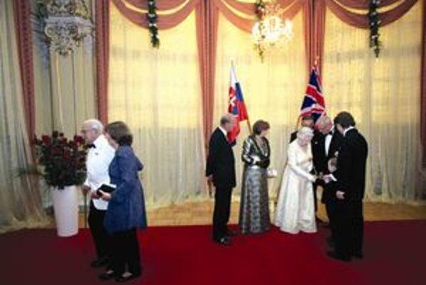 Hrdina Maťko Sýkora sa v lete stretol s britskou kráľovnou Alžbetou II.