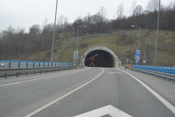 Tunel uzatvoria aj tento víkend.