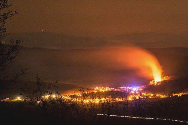 Požiar v obci Šíd.