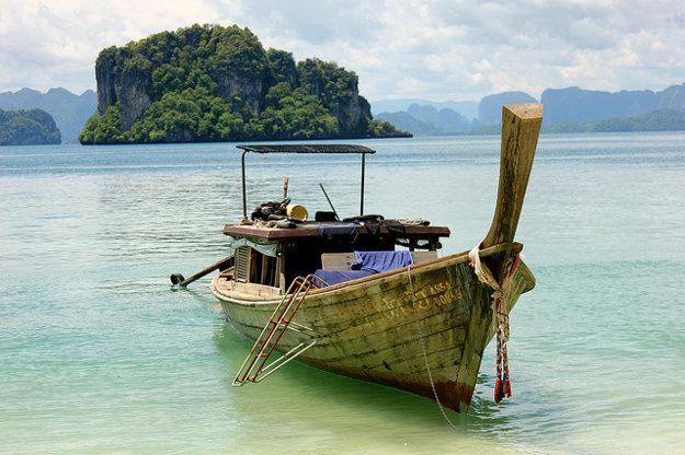 Tropický Phuket je turisticky najobľúbenejši ostrov v Thajsku.