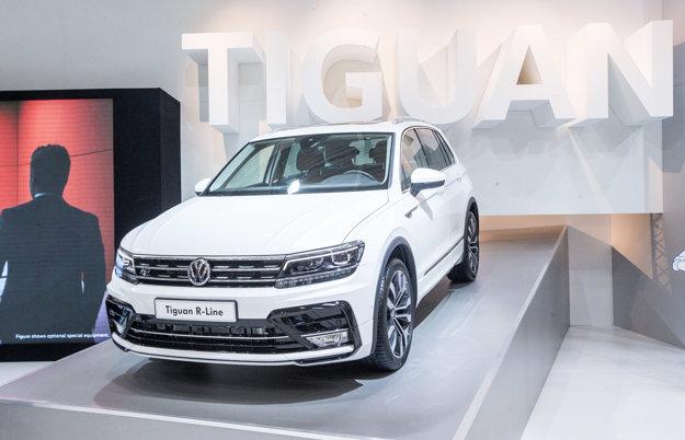 Najväčší dôraz kladie VW na kompaktné SUV Tiguan. Oproti predchodcovi narástol vo vnútornom aj batožinovom priestore.