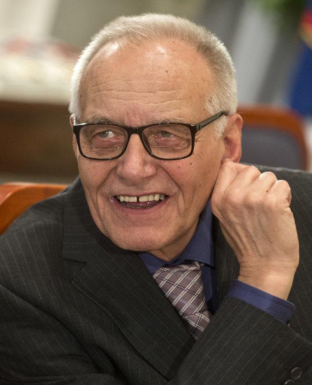 Pavlovi Vilikovskému vyšlo v maďarčine už niekoľko kníh, nie je v Maďarsku neznámym autorom. Na knižnom festivale predstavia čerstvý preklad Poslednej a prvej lásky.