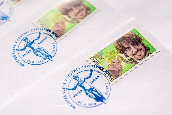 Poštová známka s podobizňou cyklistu Petra Sagana.