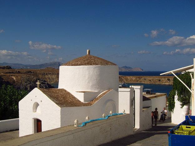 Kaplnka v Lindose na gréckom ostrove Rodos.