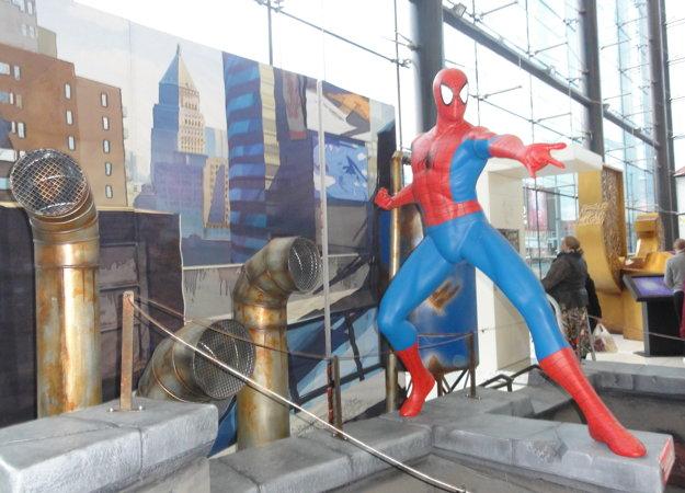 Spider-Man zasahuje.