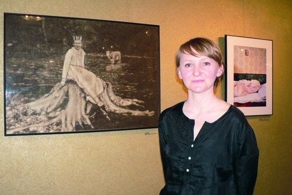 Erika Szőke a jej práce Koruna a Ticho.