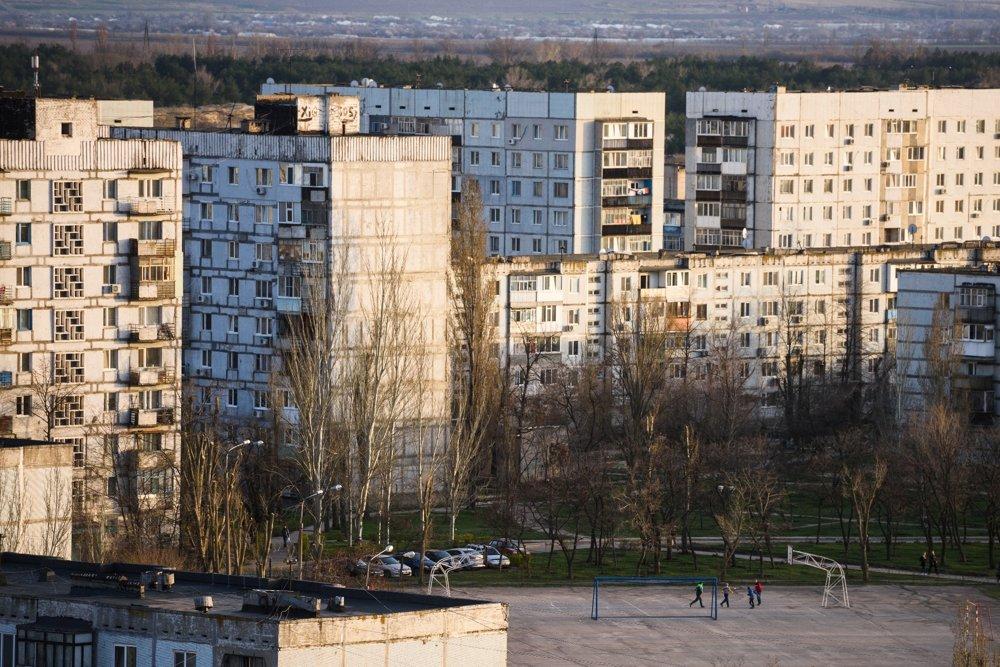 Energodar vyrástol na piesočnatom brehu Dnepra na juhu Ukrajiny. Históriu tu nevidieť, mesto tvorí takmer výhrade socialistická architektúra.