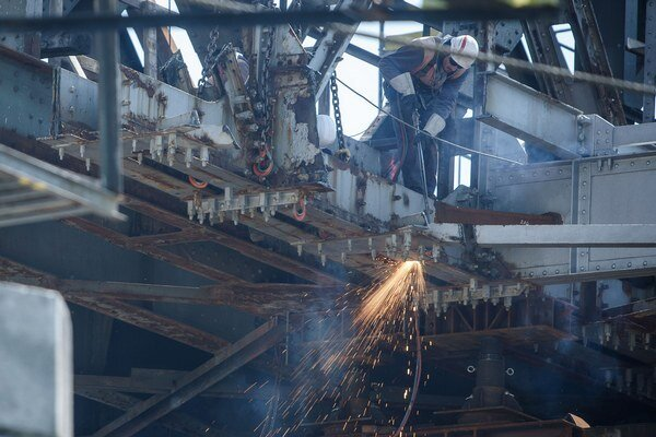 Na východ poputuje 300 ton železa.