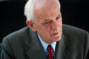 Dôchodca a bývalý elektrotechnik, Kristián Straka,