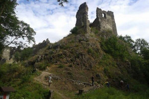 Časť aktivít hradných hier presunú priamo na hrad.