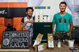 Tím kávy Goriffee. Matej Hambalko (vpravo hore) a Amir Al Jabri.