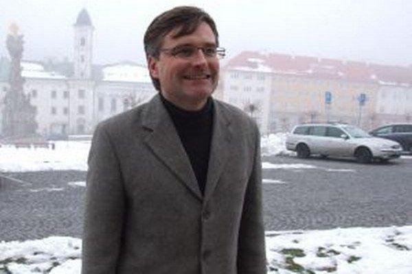 Na kremnickej fare pôsobí Robert Colotka od roku 2002.