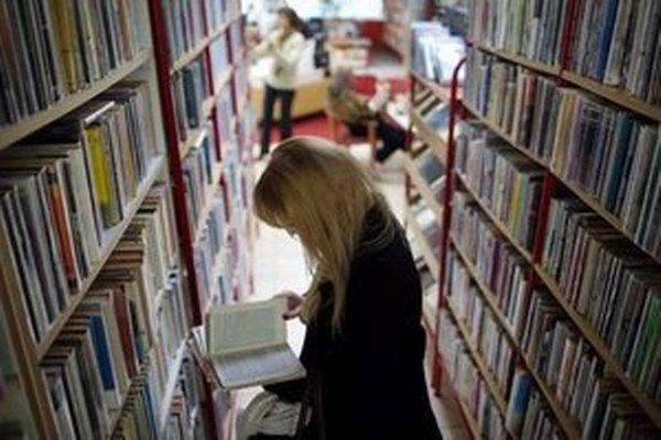 Burza ponúkne vyradené knihy z knižníc aj tie, ktoré prinesú Bratislavčania.