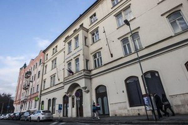 Budova na Šafárikovom námestí, v ktorej sídli SNS.