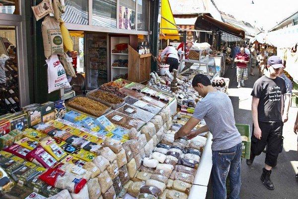 Na najznámejší Naschmarkt prišlo v minulom roku v celoročnom priemere 62.300 návštevníkov týždenne