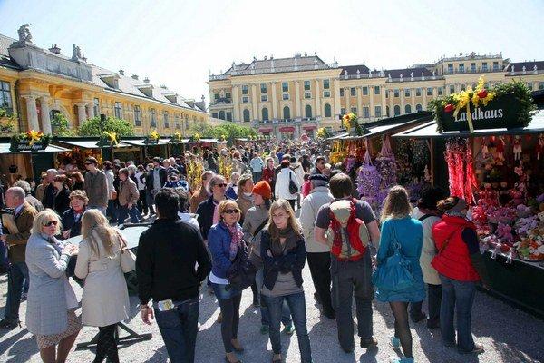 Veľkonočné trhy na zámku Schönbrunn.