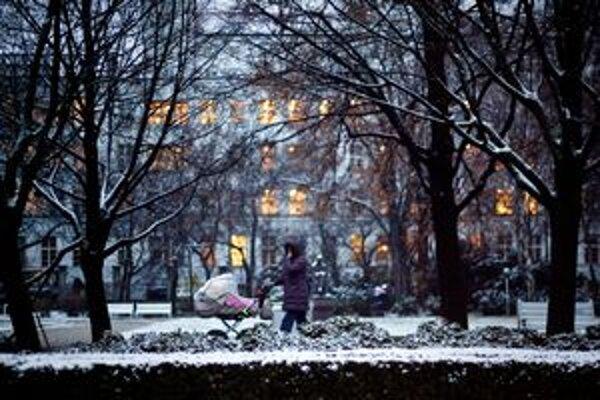 Sneh v uliciach.