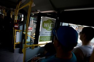 Wifi v lete testovali v jednom autobuse.