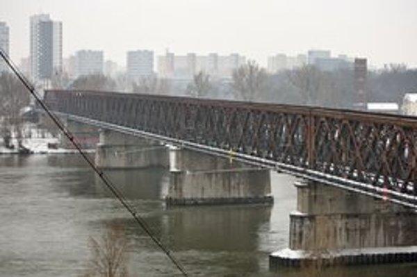 Starý most dostane novú konštrukciu.