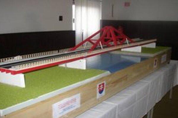 Takto by mal vyzerať ďalší most do Rakúska.