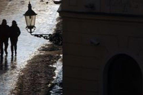 Bratislavu kritizujú aj za nedostatok nájomných bytov.