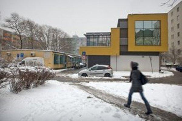 Centrála SMER-u v Ružinove.