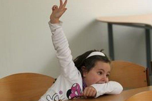 Dievčatá sú síce v učení šikovnejšie, telesnú však veľmi rady nemajú.
