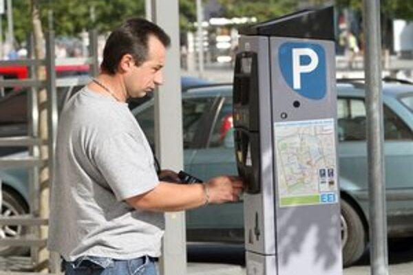 Miesto predavačov lístkov automaty.