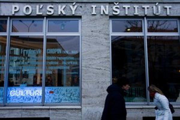 Dnešný Poľský inštitút sídli na Nám. SNP už viac ako pol storočia.
