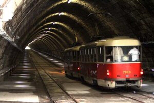 Električky v tuneli dojazdili 2. februára.