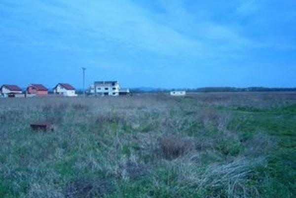 Pozemok, kde má vyrásť nová štvrť.